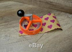 Micro Badge Maker Making Machine 100 Badges, circle cutter and 58mm die