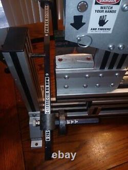 QUALATEX MASTER BOW MAKER MACHINE USA RIBBON BOW MAKING CRAFTING as is