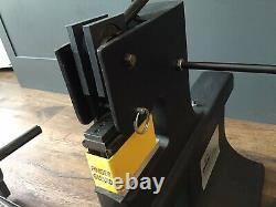 Qualatex Master Bow Maker 4000 Machine USA Ribbon Bow Making Crafting
