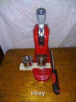 Bouton Maker Badge Appuyez Sur 500 Pcs Cercle Cutter Manuel Making Machine